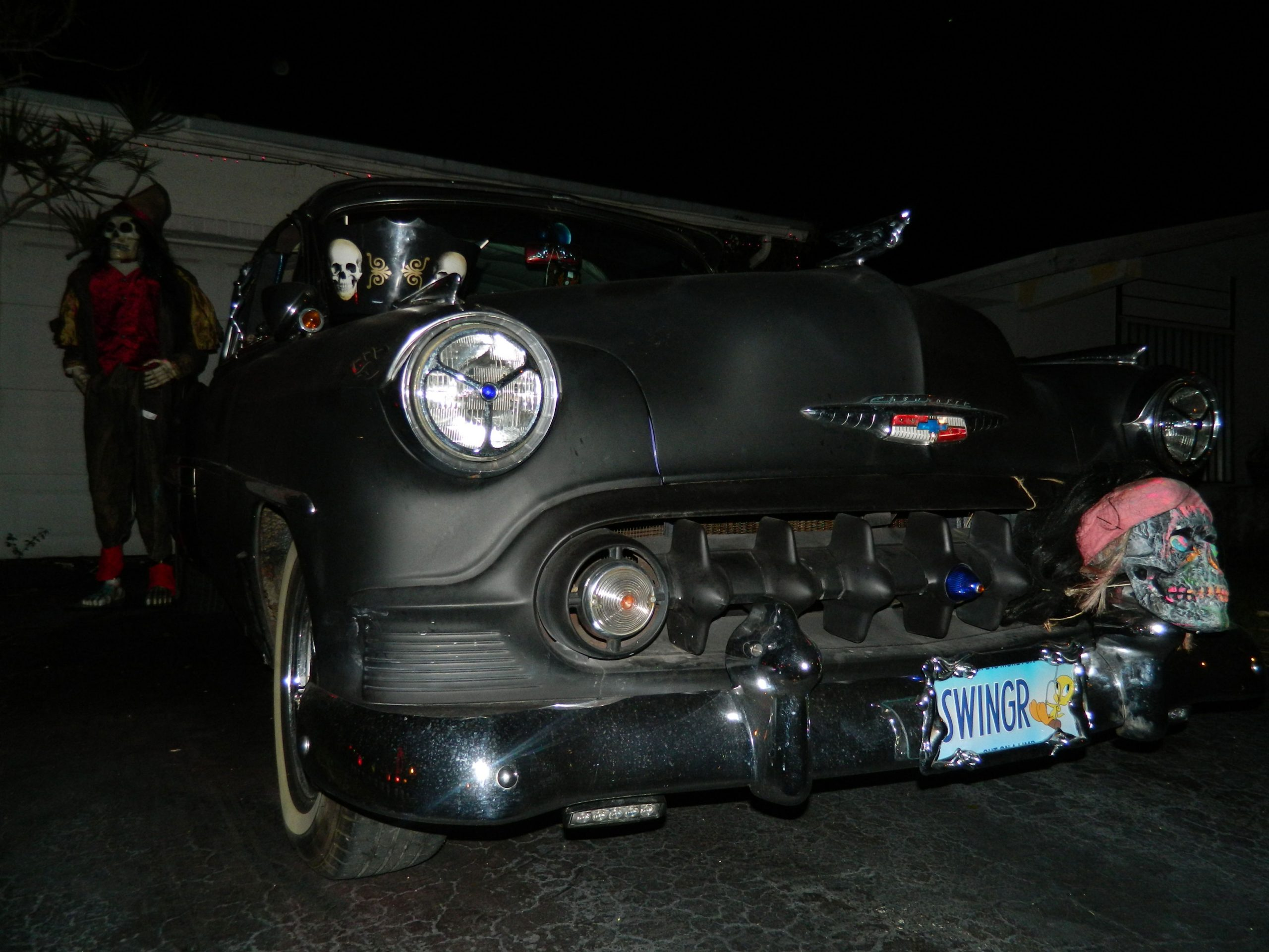 53-chevy-at-halloween