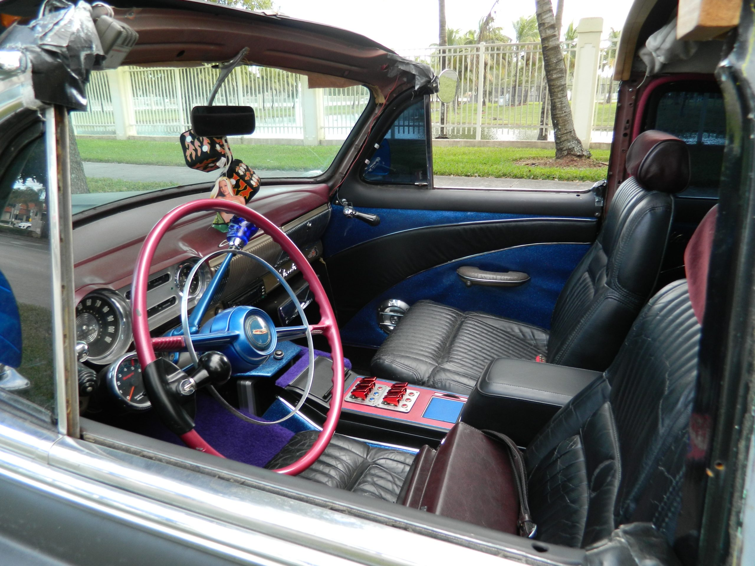 53-Chevy-interior-front-2012